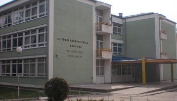 """""""Dvije škole pod jednim krovom"""" Najvidljiviji primjer diskriminacije u oblasti obrazovanja u Bugojnu"""