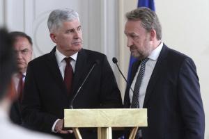 Izetbegović i Čović potpisali sporazum o održavanju izbora
